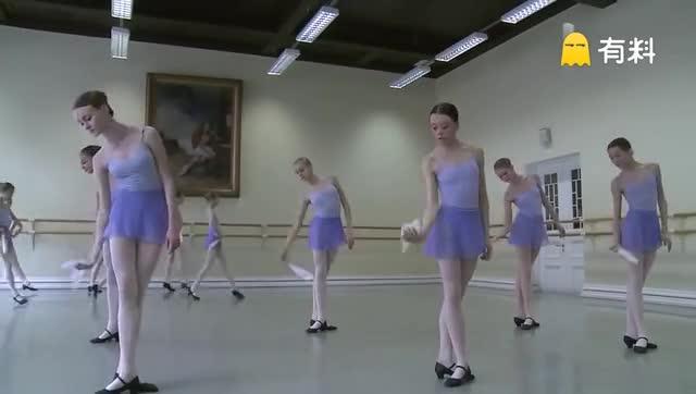 """古巴""""重量级""""芭蕾舞团 体重超过90公斤"""