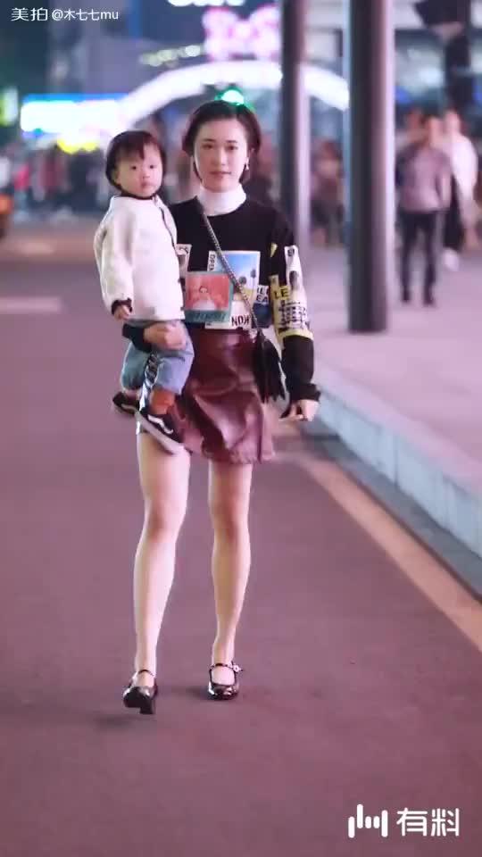很可爱的妈妈和宝宝~
