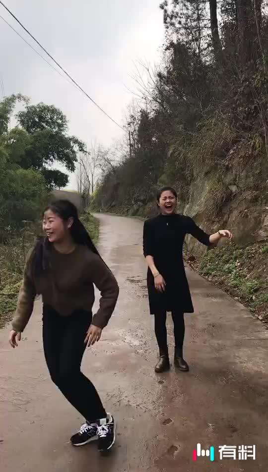 源潭的女疯狂不???