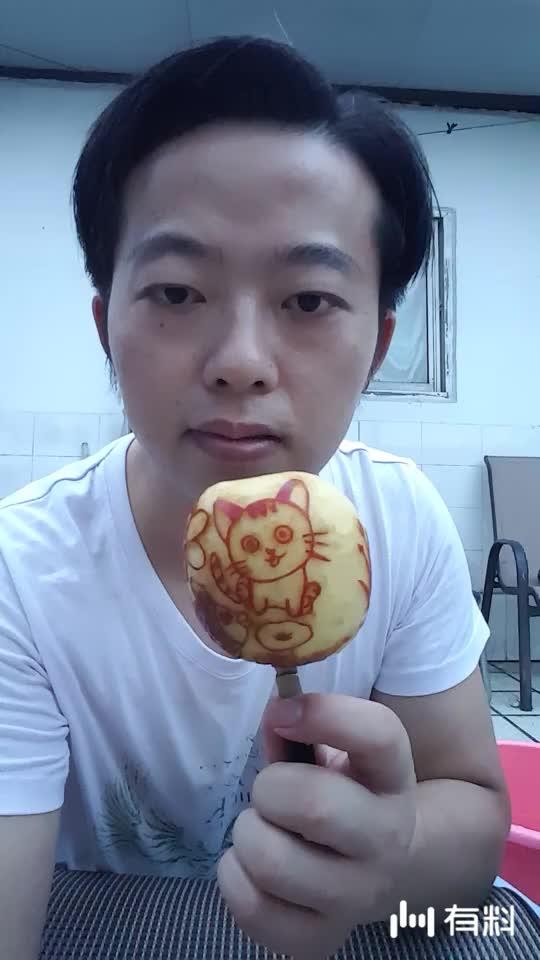 苹果雕刻~猫 小孩 鱼