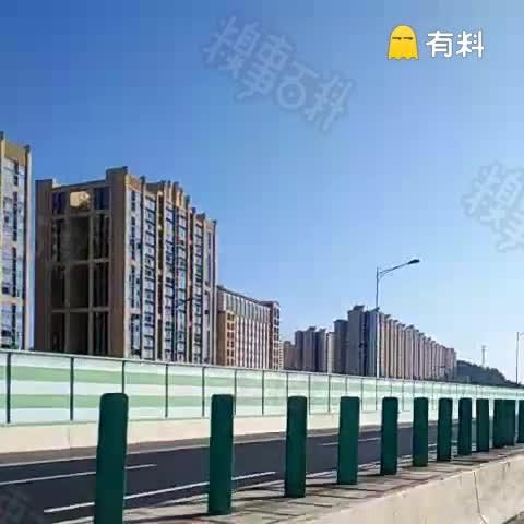 第一次发表,每次都看糗友说北京那些北方地方大雪纷飞,我想说,我在南方的艳阳里热成狗。