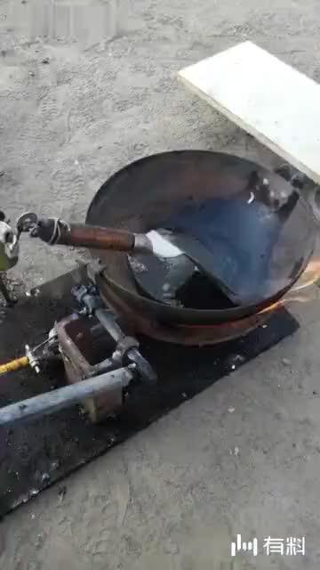 #农民发明家;自动炒菜,黑科技!#