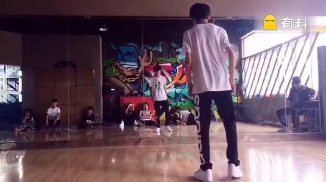 #hiphop##涂鸦##00后舞蹈大赛#...