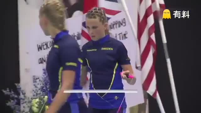 今年的花式跳绳世界锦标赛....瑞典妹纸们的玩法.... 原来跳绳还能这么玩-。-