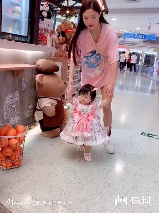 美拍视频: 两母女